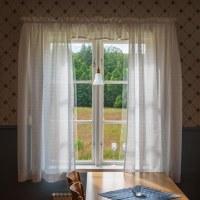 111 Hänger i fönstret (210/365)